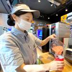 """""""혁신적 가맹모델 이마트24 X 스무디킹 매장"""" 매일 1개씩 오픈! 100호점 돌파!"""