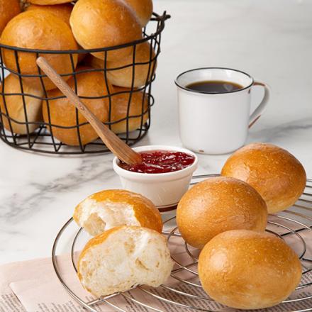 신세계푸드, '코로나19, 빵 소비행태 바꿨다…' 식사대용 빵 인기