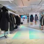 신세계백화점, 쌀쌀해진 날씨에…프리미엄 패딩 인기